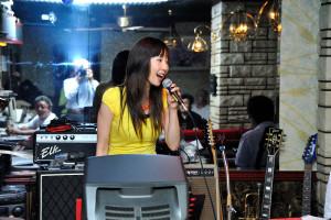 ボーカルは西村麻里さん
