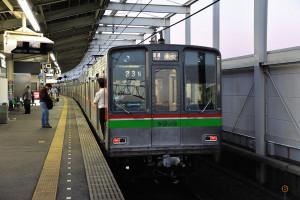 普通電車印旛日本医大行き