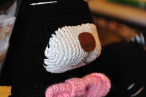 大きな編み猫さん