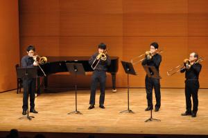 トロンボーン四重奏:4つのトロンボーンのためのソナタニ短調
