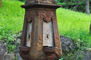 日比谷公園開設当時の水飲み