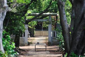 白幡神社三の鳥居