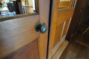 玄関内ドアのドアノブ