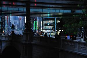 お江戸日本橋で少し曲がる中央通り