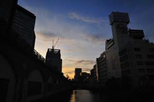万世橋からの夕景