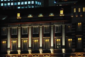 東京駅丸の内北口と中央口の間