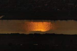 夕陽が映る江戸川