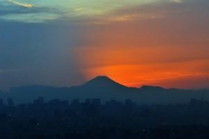 市川市アイリンクタウン展望台から眺める富士山