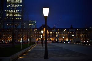 東京駅前街灯