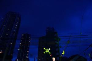 京成八幡駅西側踏切